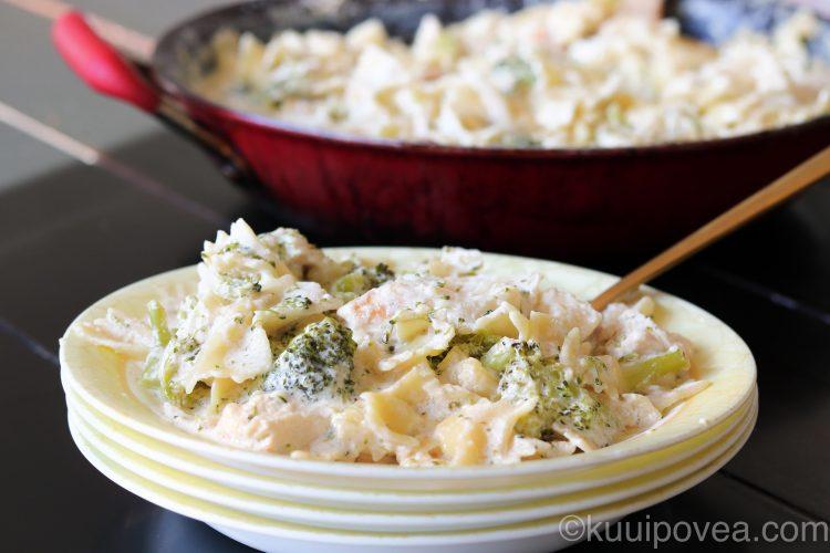 Chicken, Broccoli and Pasta Skillet